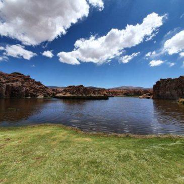 Uyuni – 3 day tour of salt flats and lagoons.